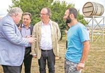 Делегация с юга Франции побывала  на виноградниках Анапы