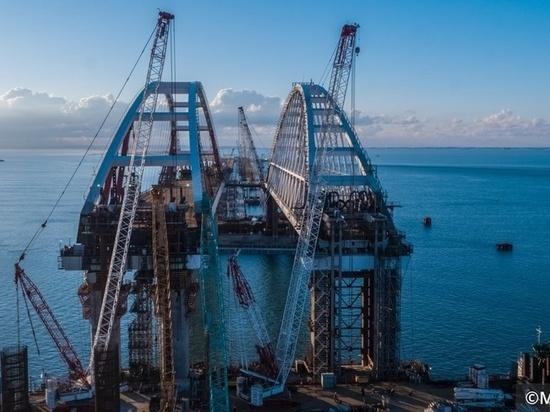 Сооружение всех пролетов автодорожной части Крымского моста завершено
