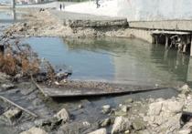 В реку Кубань сбрасывают канализационные воды